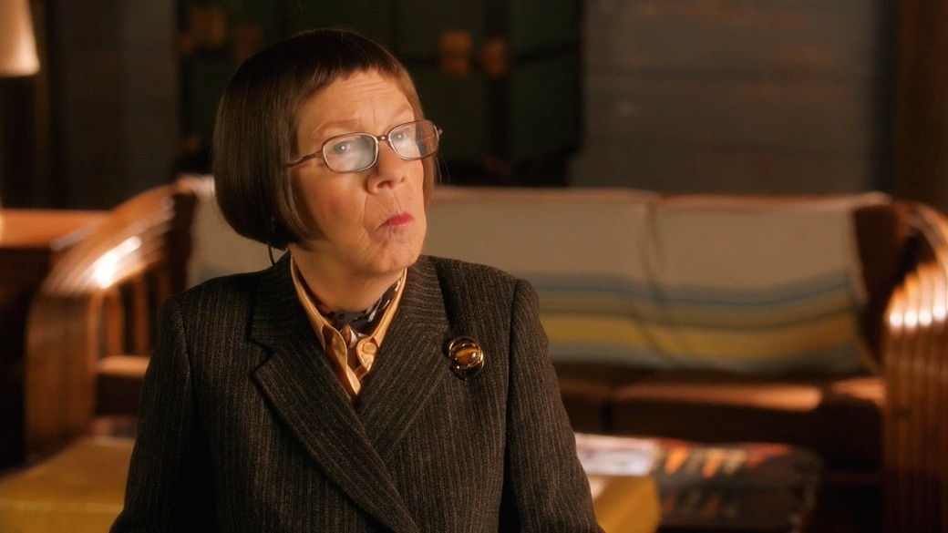 NCISLA - Three Hearts - Hetty