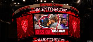 Densi Kiss Cam pic