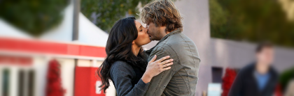 NCISLA Humbug kiss