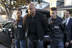 """""""Hot Water"""" -- Pictured: LL COOL J (Special Agent Sam Hanna). The mole has once again compromised the NCIS team as planted evidence results in the arrests of Callen, Sam, Granger and Deeks, on the day Under Secretary Duggan (Jackson Hurst) returns for Hetty's resignation, on NCIS: LOS ANGELES, Sunday, Jan. 15, 2017 (8:00-9:00 PM, ET/PT), on the CBS Television Network. Photo: Sonja Flemming/CBS ©2016 CBS Broadcasting, Inc. All Rights Reserved."""